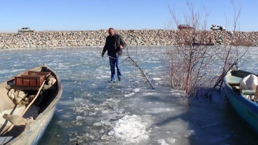 Suğla Gölü Dondu