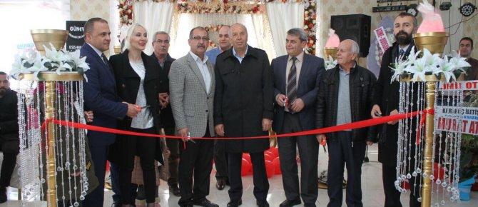 Grand Safir Otel ve Düğün Salonu törenle hizmete girdi.