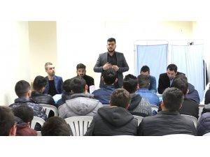"""Başkan Tutal'dan Gençlere Nasihat' """"Kendinizi İyi Yetiştirin"""""""