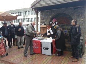 CHP sıcak çorba ikram etti