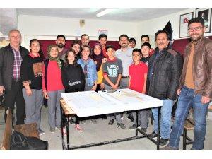 THK öğrencilere model uçak kursu açtı