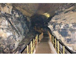 Seydişehir Tınaztepe mağarası ziyaretçilerini ağırlıyor