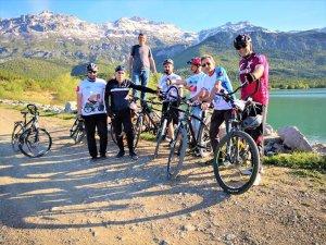 Seydişehirli bisikletçiler sağlık için pedal çeviriyor