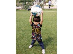 Minikler Konyaspor' u ziyaret etti