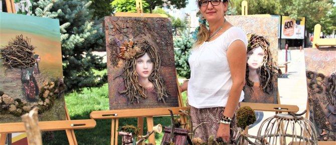 Doğal malzemeden yapılan sanat eserleri sergilendi