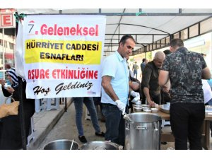Seydişehir'de esnafların geleneksel aşure etkinliği