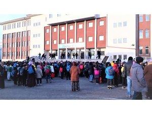 Dededen toruna asırlık okul  Seydişehir Mahmut Esat Ortaokulu