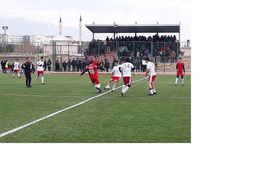 Okul sporları maçları devam ediyor