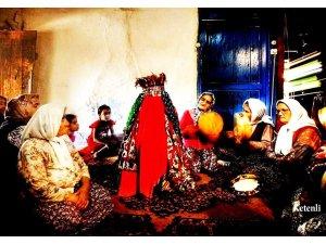 Seydişehir'de köy düğünleri yaşatılıyor