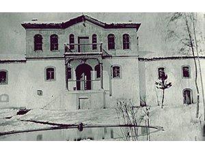 ALBAY AHMET HAMDİ BEY